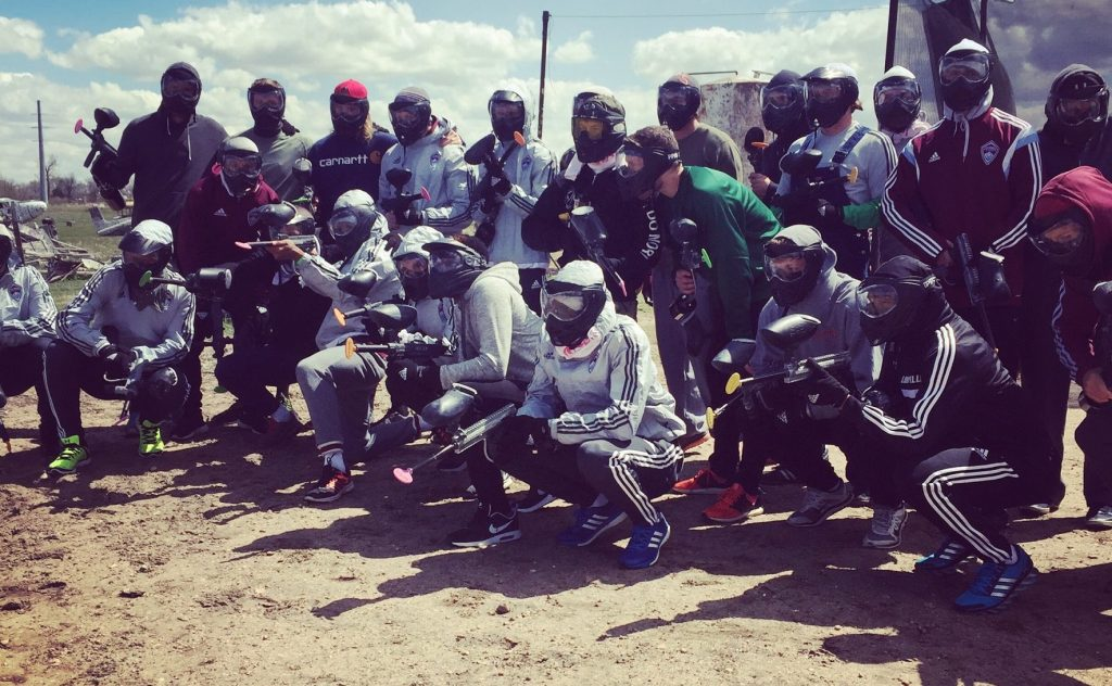 Outdoor-Paintball-Group-Denver